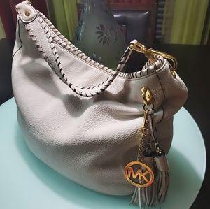 Michael Kors Bennet Leather Shoulder Bag